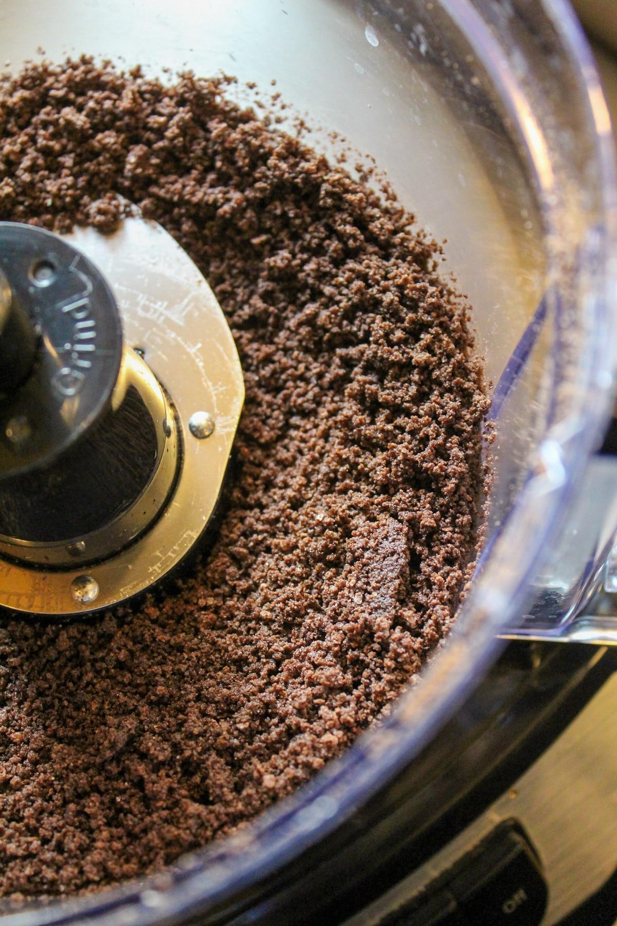 chocolate crust in food processor