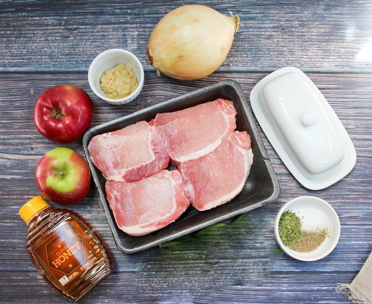 ingredients of pork and apple packets