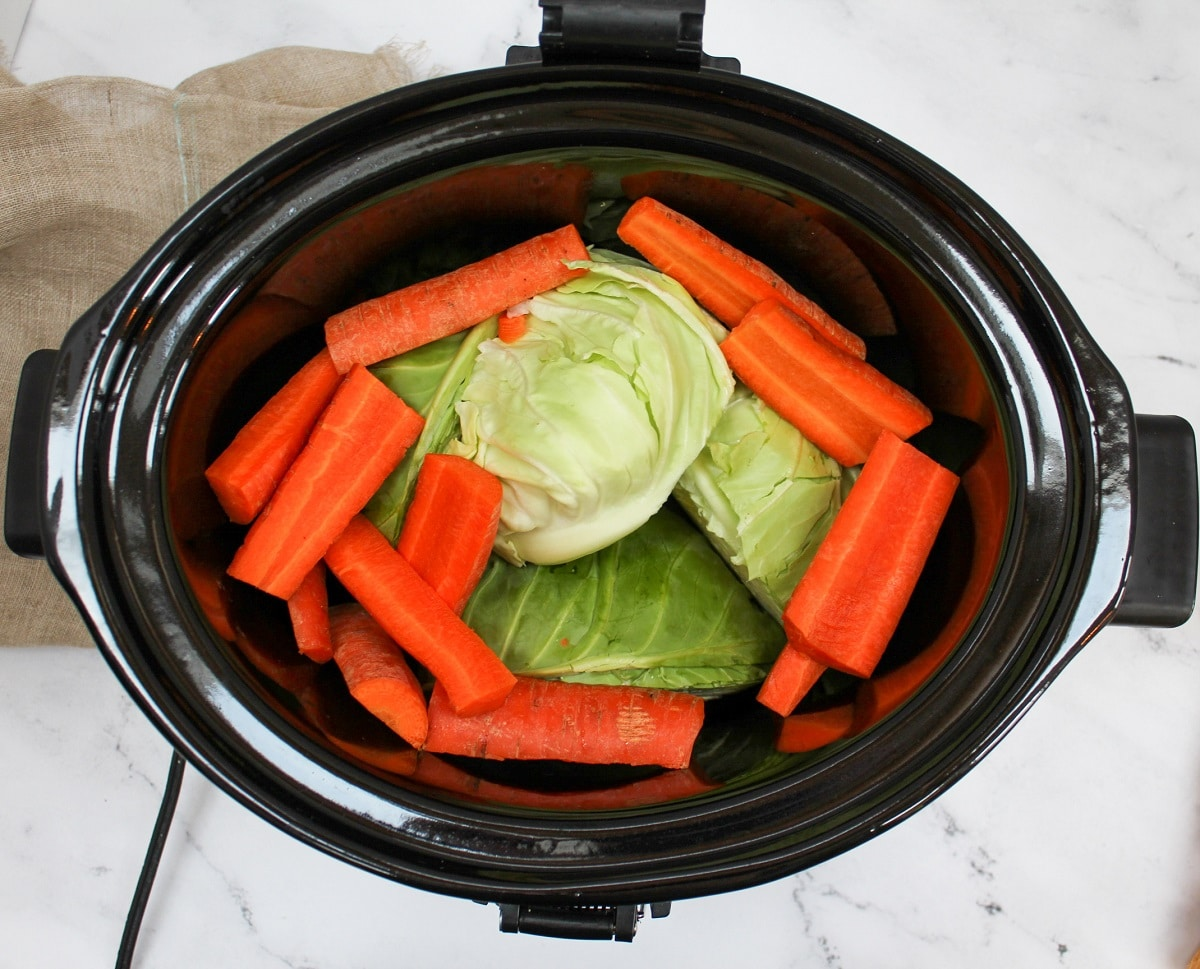 cabbage and carrots in slow cooker