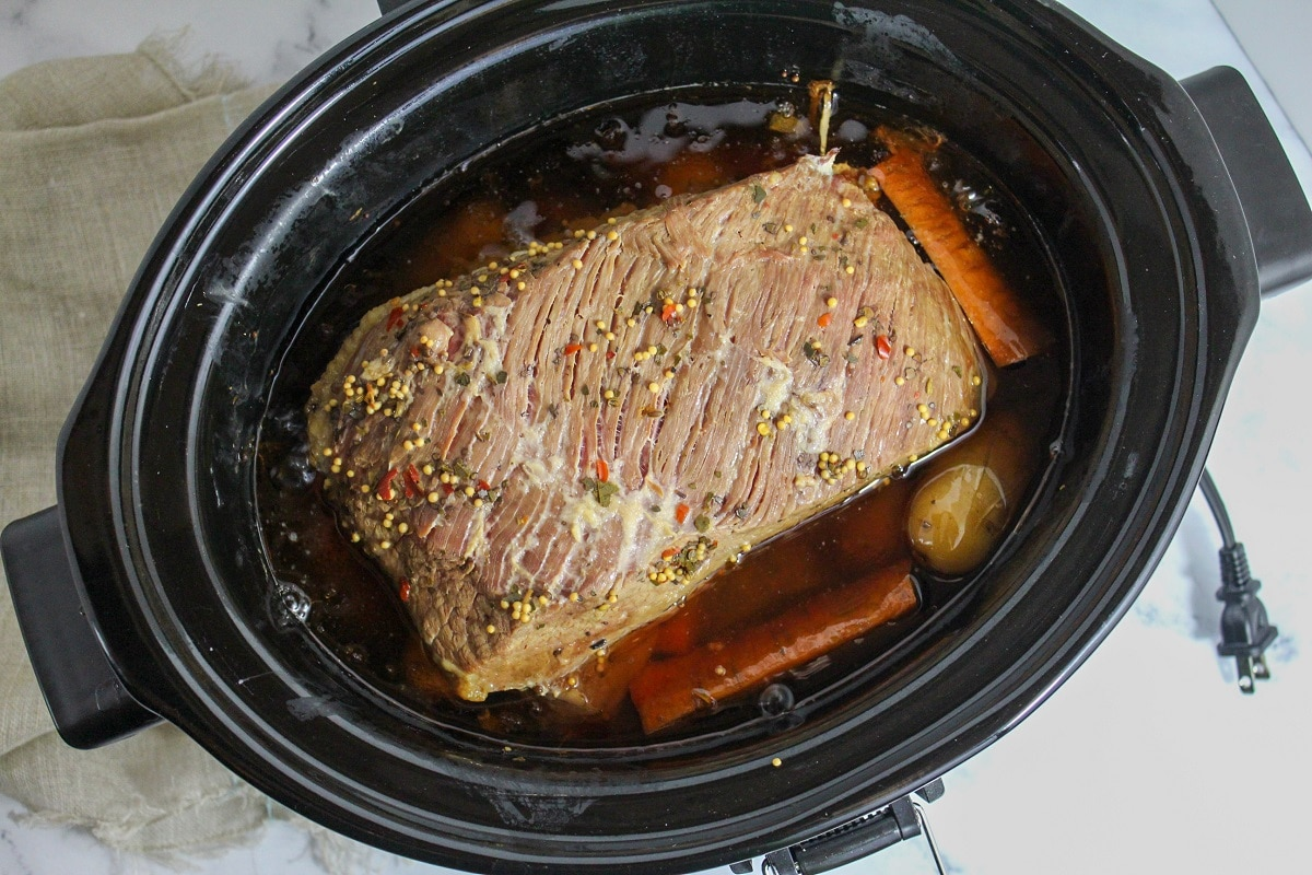 cooked slow cooker corned beef and cabbage