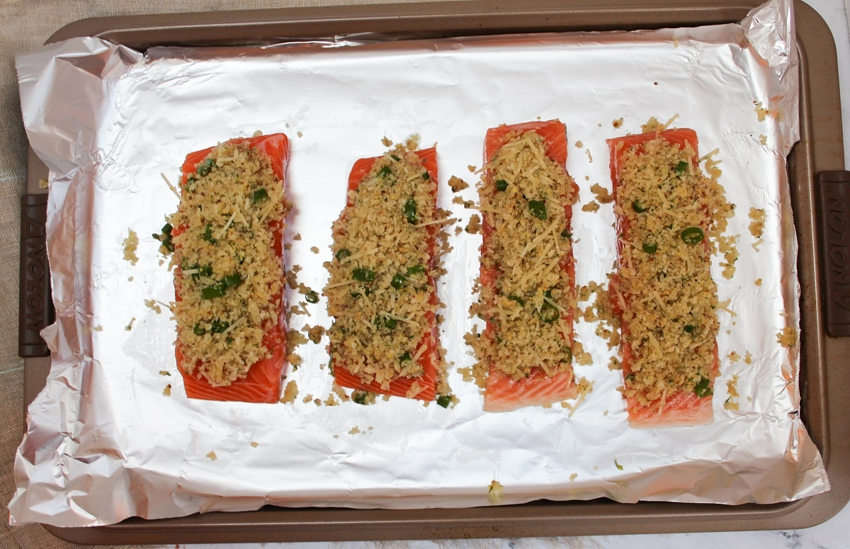 prep photo salmon with topping