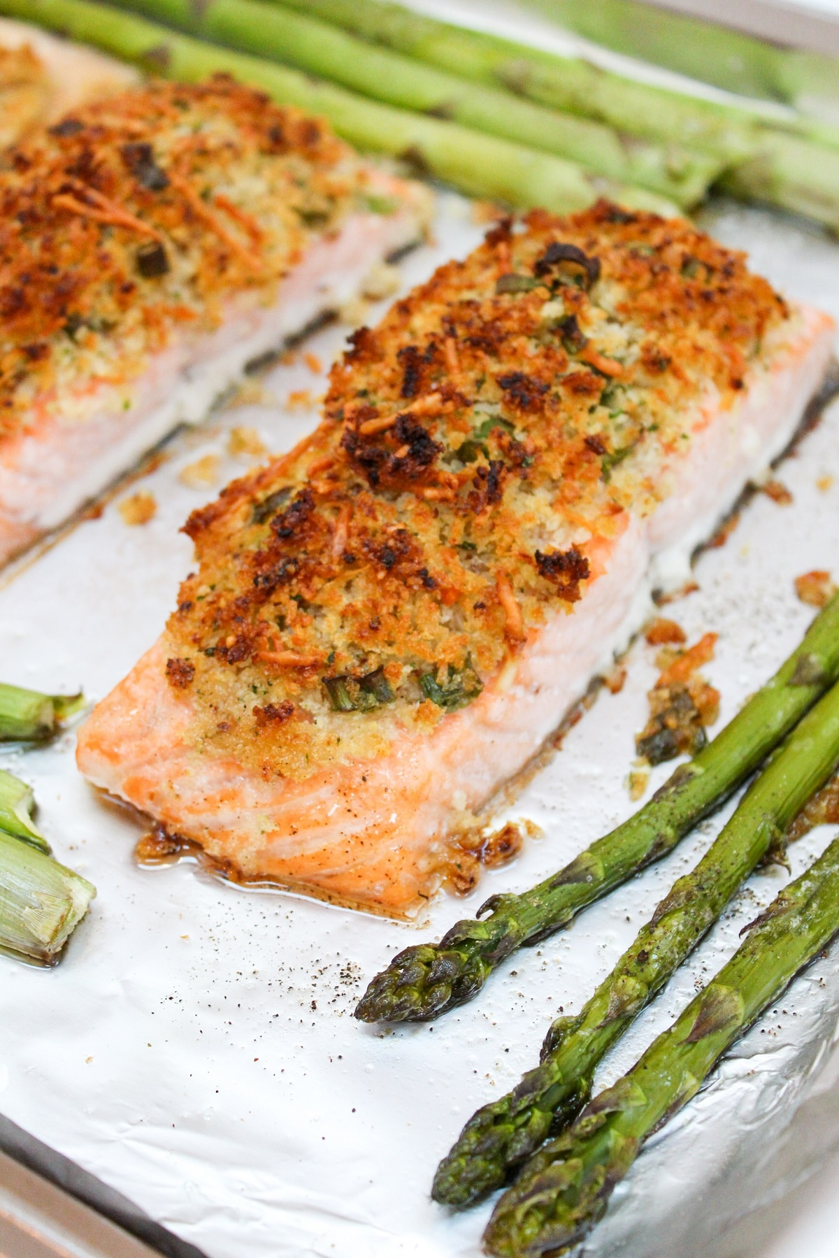 cooked crispy sheet pan salmon with asparagus